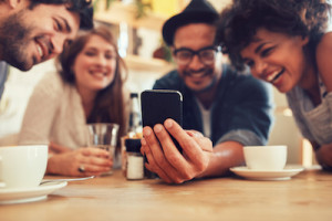 What Good is Social in An AI-Driven World? (Thinks Out Loud Episode 246): Friends sharing media on mobile